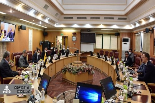 Rusya'nın petrol ve gaz şirketleri İran'ın gaz endüstrisine yatırım yapmak istiyor
